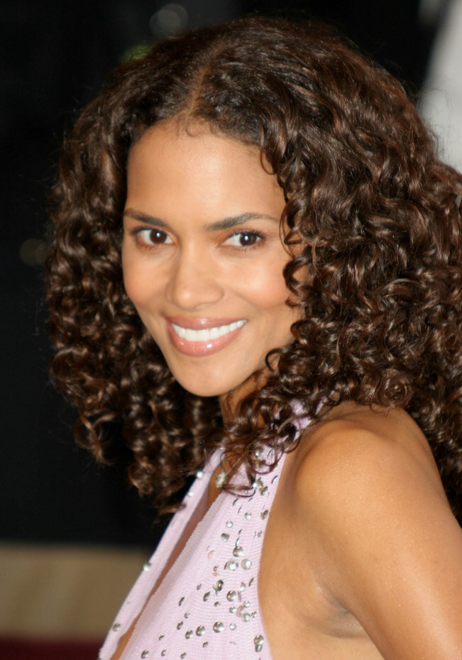 Halle Berrys Long Hair With Small Spiral Curls
