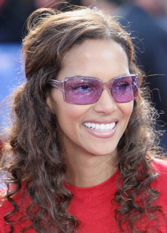 Halle Berry With Long Natural Curls