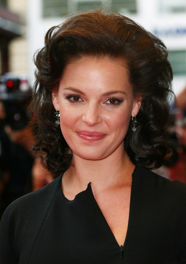 Brunette Katherine Heigl With Her Hair Styled Away From