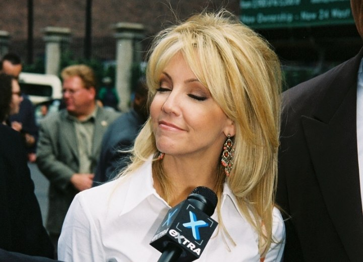 Heather Locklear Long Hairstyle With Layers That Lay