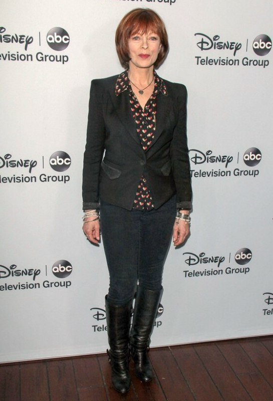 Frances Fisher Rejuvenating Bob Hairstyle For A 60 Plus