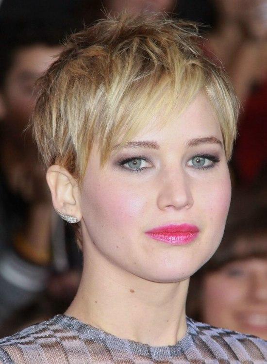 Jennifer Lawrence Short Pixiecut With Angled Bangs