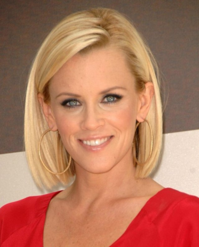 jenny mccarthy | long bunt bob with the hair chopped an inch
