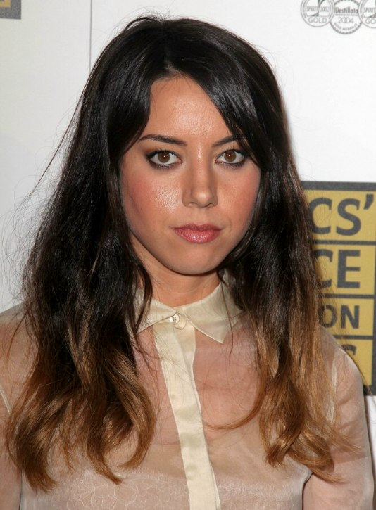 Aubrey Plaza Long And Effortless Hairstyle With On Trend