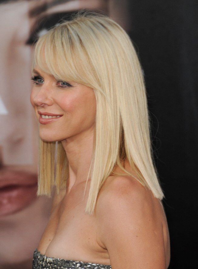 Naomi Watts Below The Shoulders Blunt Cut That Makes Her