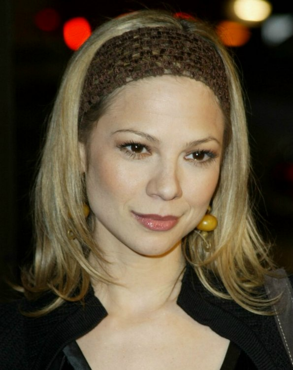 Tamara Braun Cheerleader Hairstyle With Flipping Sides