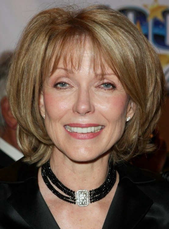 Susan Blakely Medium Length Hair That Curves Around The Chin