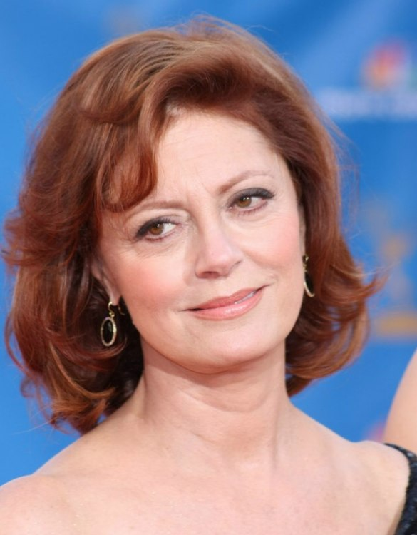 Redhead Susan Sarandon Wearing Her Hair In Layers With