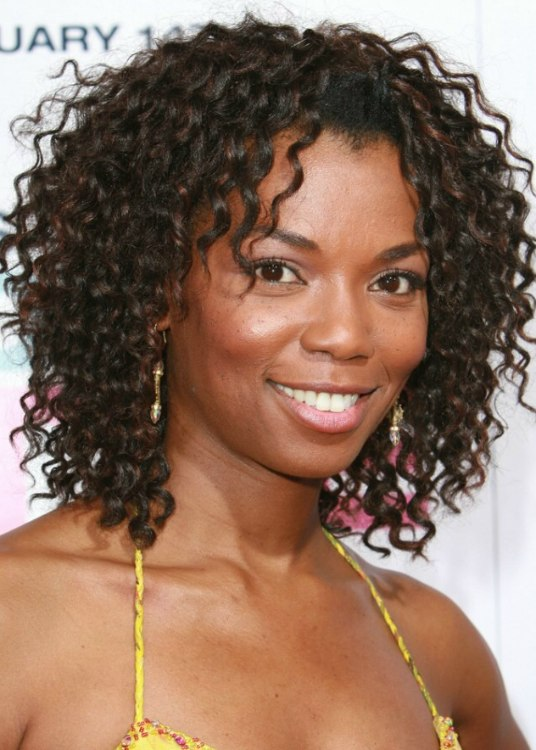 Vanessa Williams Hairstyle With Crimping To Make The