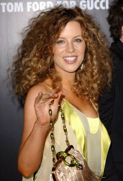 Kate Beckinsale Wearing Her Hair Long With Spiraling Curls