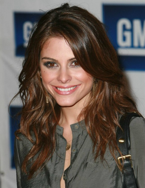 Maria Menounos Long Hair With Extensive Layers And Side Bangs