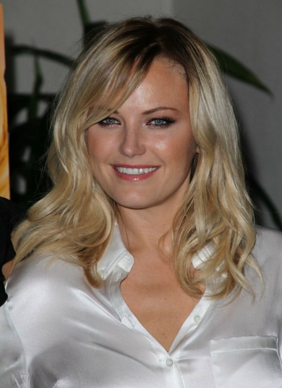 Malin Akermans Professional Look With Long Carefree Hair