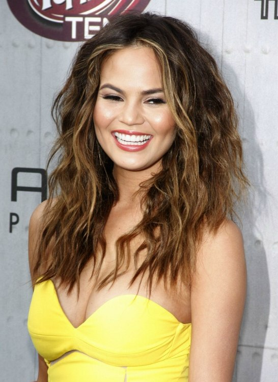Chrissy Teigen Long Ombre Hair With Slightly Messy