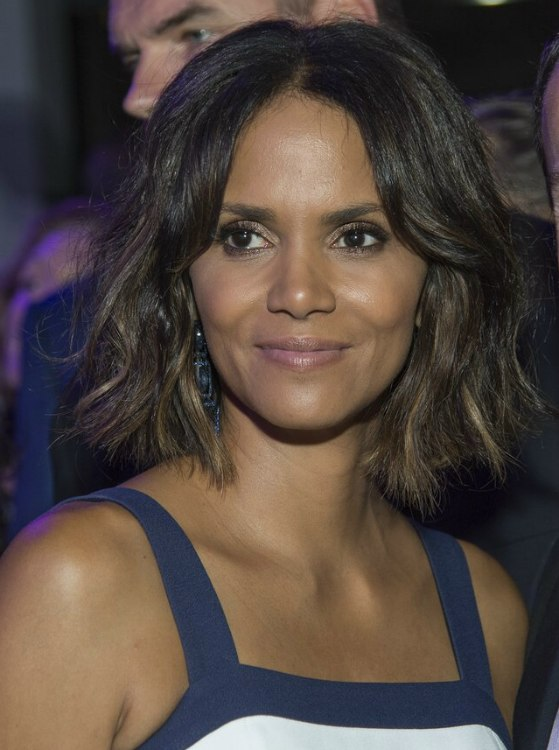 Halle Berry Wearing Her Hair In A Chin Length Bob With