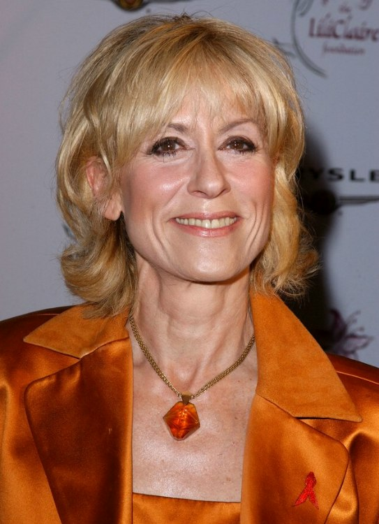 Judith Light Soft Hairstyle To Hide Facial Creases And