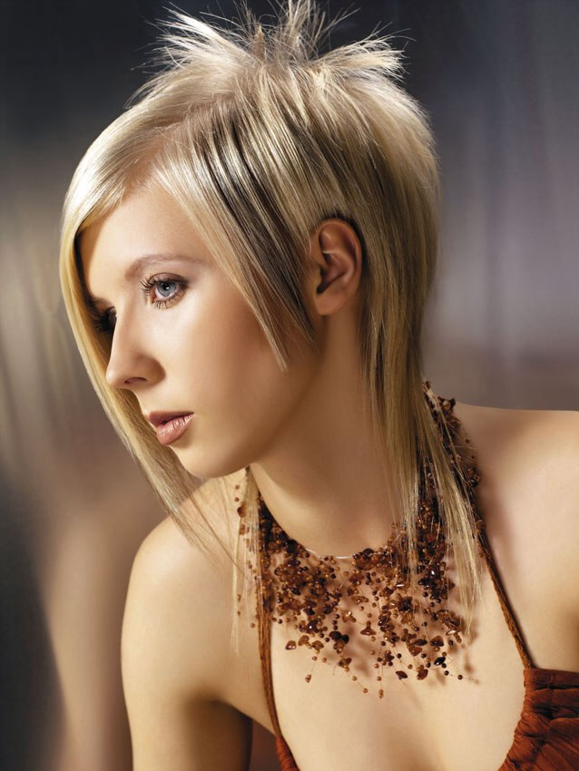 Funky Pixie Hairstyle For Straight Hair Types