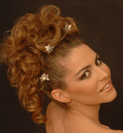 wedding hairstyle with loose soft curls and jeweled accessories
