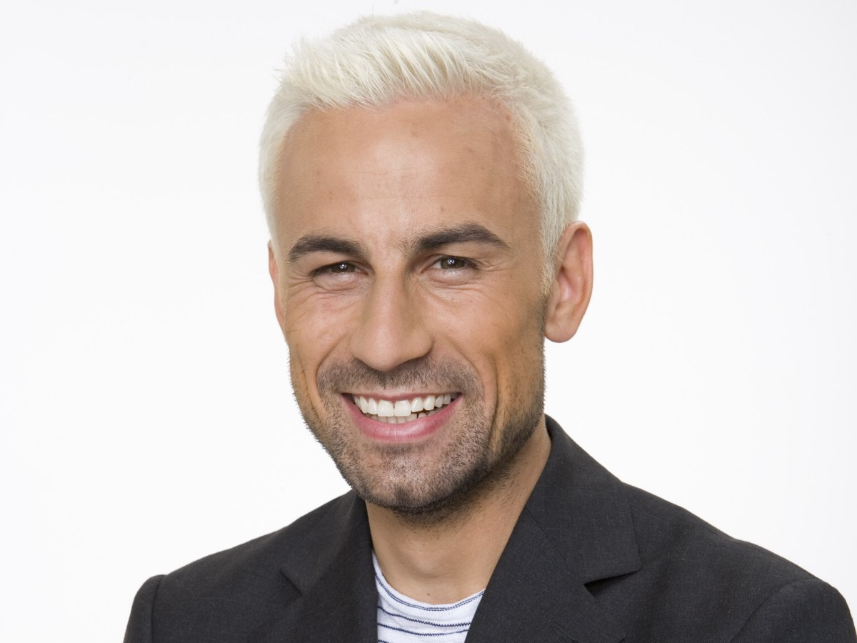 Very Short Bleached Hair For Men