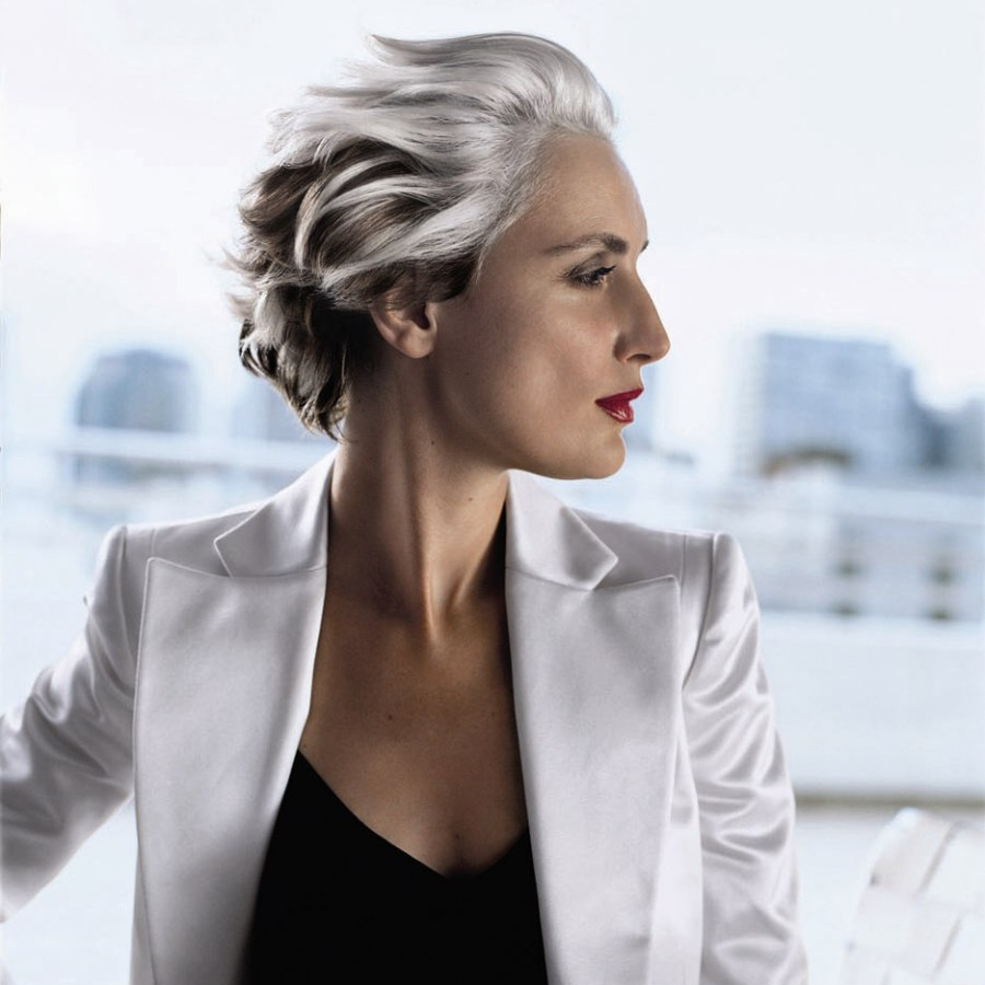 Short Hairstyle For Mature Women With Gray Hair