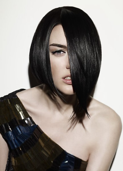 Fashion Bob Hairstyle With An Asymmetrical Shape And A