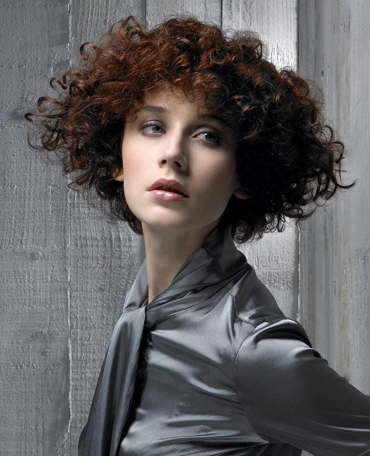 Naturally Curly Hair Cut In A Wedge Shape To Control The