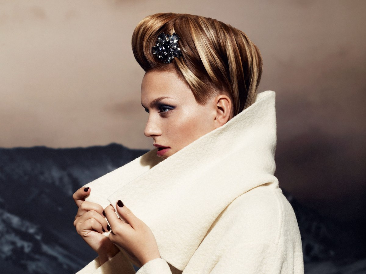 Modern Bun Updo With A Hairpin And Highlighting