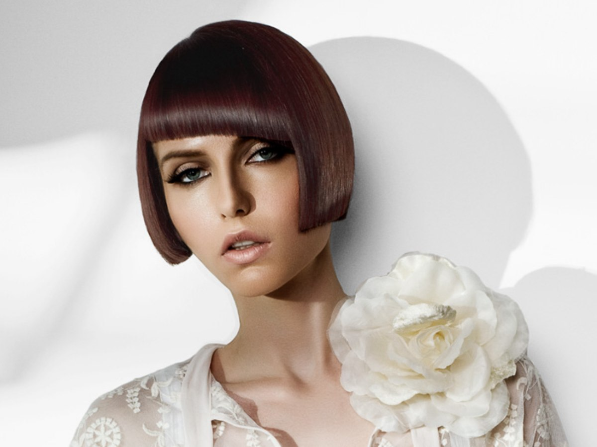Short French Bob In A 1920s Length And Mahogany Color