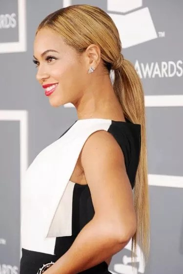 sleek low pony with extensions