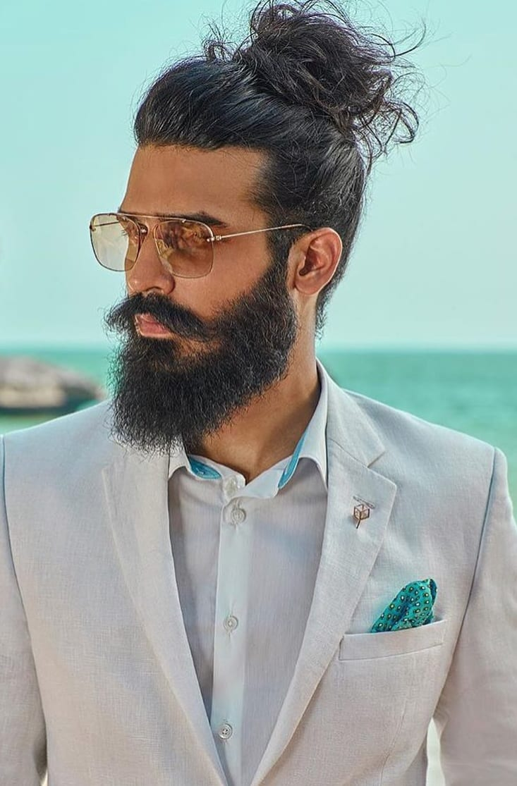 31 Hairbun Styling Ideas For Guys That Will Inspire Your Looks