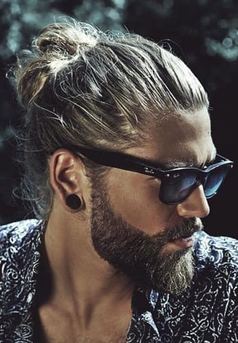 31 Hairbun Styling Ideas For Guys That Will Inspire Your Next Look!