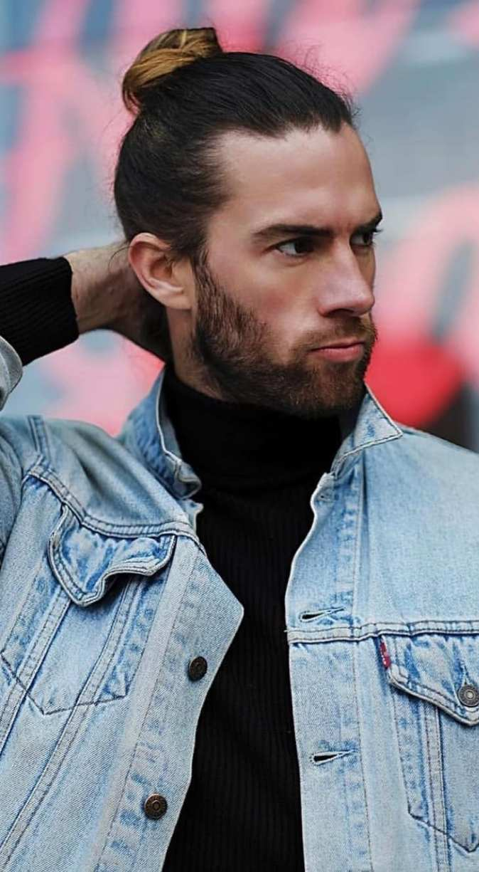 The High Ponytail The Strong Sexy Hairstyle Men S