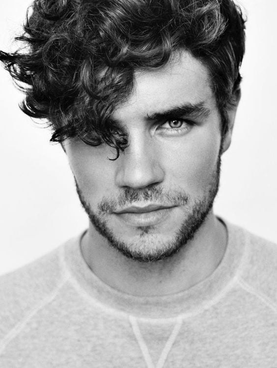 black white image with curly hair romantic look