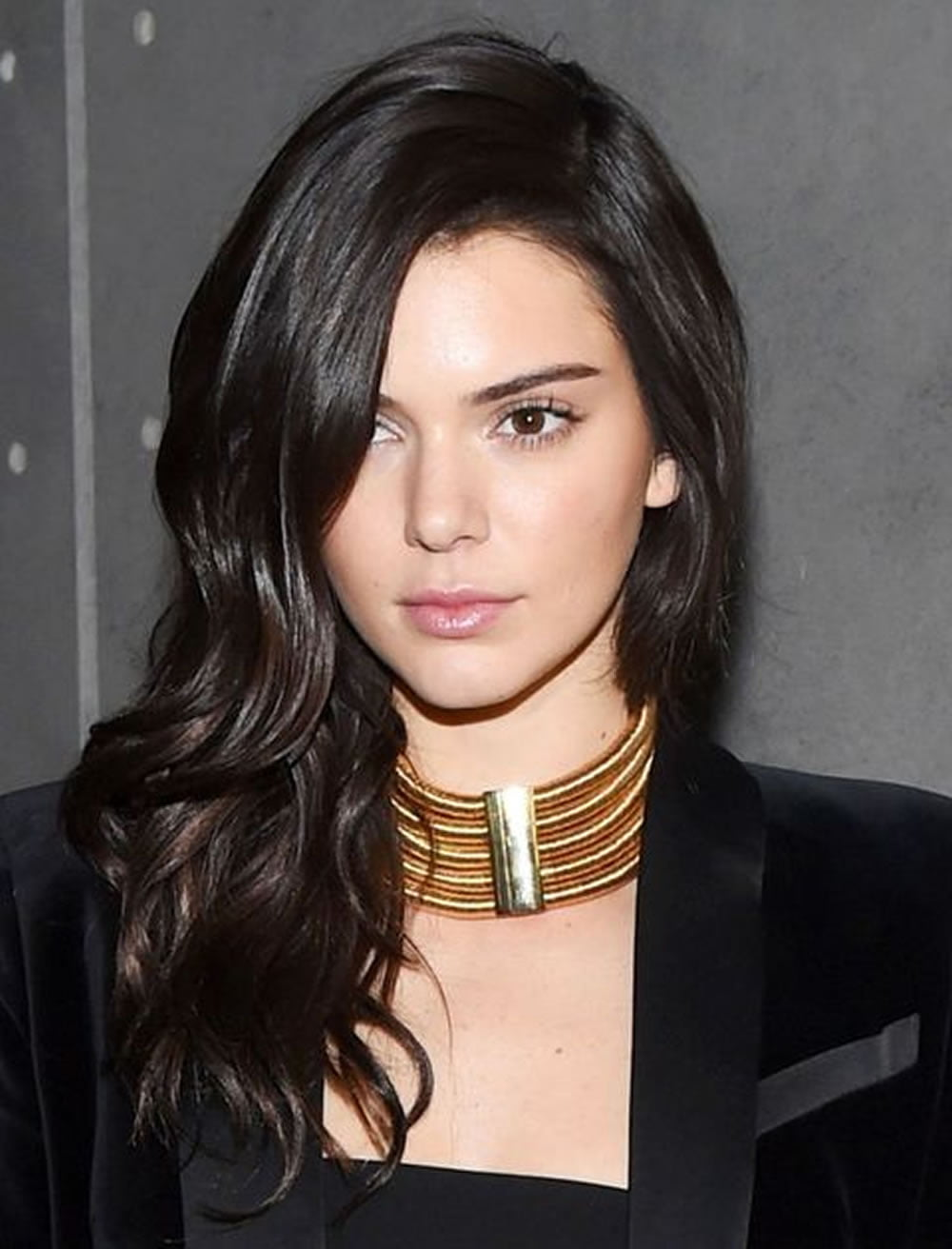 Kendall Jenners Hairstyles Amp Haircuts For 2018 Best 20