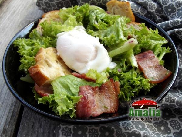 Salata cu bacon si crutoane 2