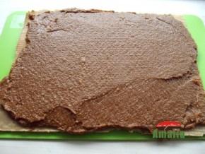 Rulada-cu-caramel-si-cocos-amalia-8