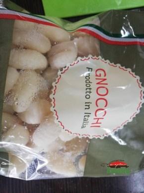 bnocchi-cu-bacon-si-mozarella-amalia-1