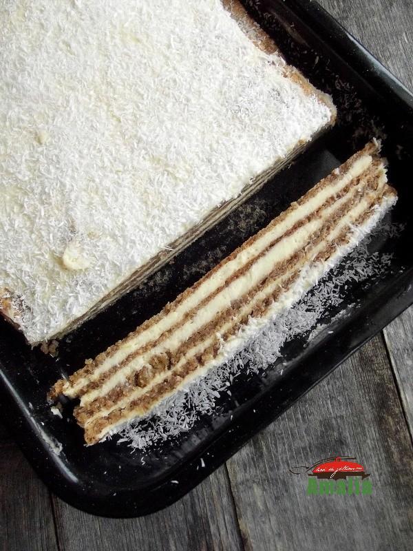 prajitura-cu-foi-cu-nuca-si-crema-de-lamaie-amalia-4