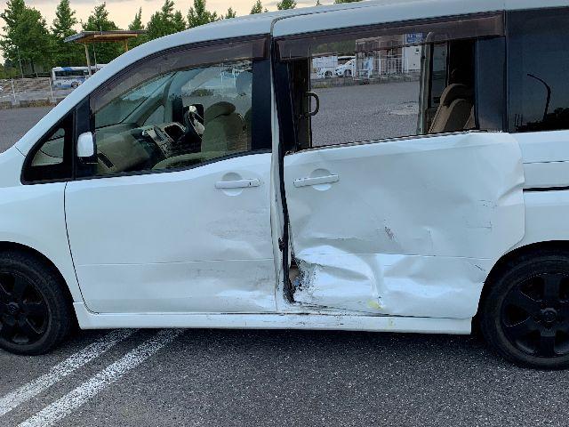 セレナ事故車買取