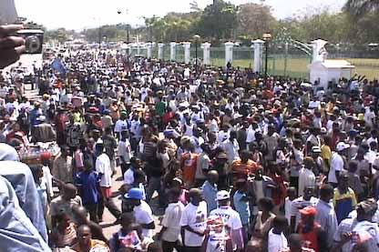 Haititans demand Aristide.