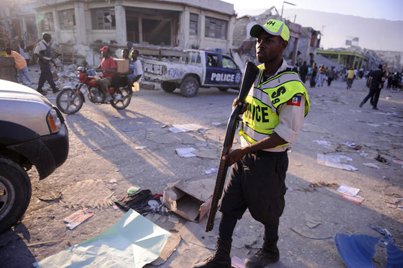 Résultats de recherche d'images pour «police haiti»