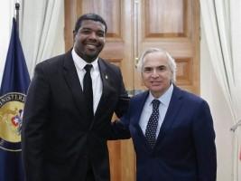 Haïti - MHAVE : Le Ministre François auprès des haïtiens au Chili