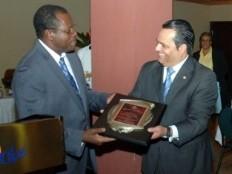 Haïti - Agriculture : Le Gouvernement a rendu hommage à l'aide dominicaine