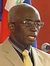 Haïti - Politique : Le Ministre de l'Intérieur devant la Commission d'enquête Sénatoriale