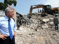 Haïti - Reconstruction : Visite d'Heraldo Muñoz à Port-au-Prince