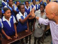 Haïti - Éducation : Le Président Martelly à l'Arcahaie et à Saint-Marc