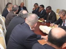 Haïti - Sécurité : Martelly s'entretient avec des diplomates sur la sécurité nationale