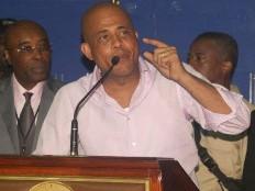 Haïti - Aéroport : Martelly inaugure la salle de départ de l'Aéroport international Toussaint Louverture