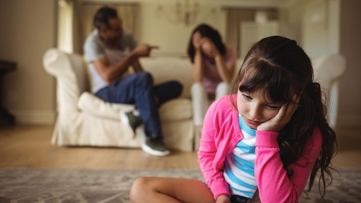 En este momento estás viendo Qué son y cuáles son los padres tóxicos, 17 características