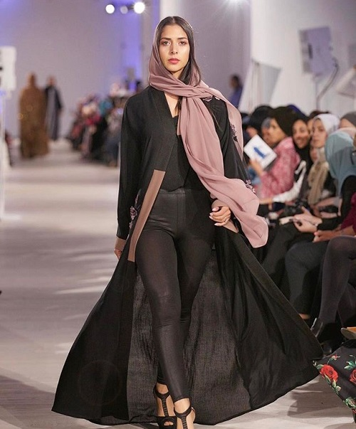 London Modest Fashion Week  2017 Showcases Popularity Of Modest     London Modest Fashion Week  2017 Showcases Popularity Of Modest Designs    Apparel