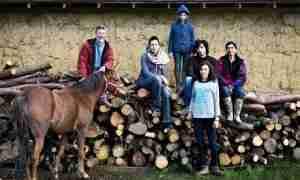 Organic-halal-farmers-Lut-011-300x180